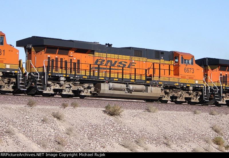 BNSF 6673